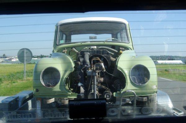 http://auto.img.v4.skyrock.net/9086/8009086/pics/3244615508_1_3_U8s2Dbzr.jpg