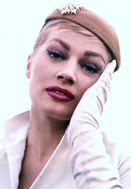 Rita Hayworth Sophia Loren Anita Ekberg I Love Vintage Actresses