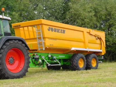 Remorque agricole joskin l 39 agriculteur des temps modernes - Remorque porte outil agricole ...