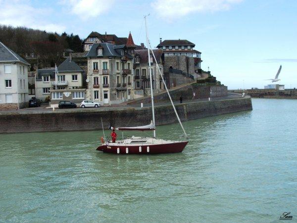 Sortie du port de saint valery en caux samafaitcliclac - Saint valery en caux restaurant du port ...