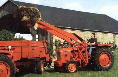 Super 5d la passion des vieux tracteur renault - Tracteur avec fourche ...