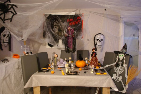 Articles de deco de table 37 tagg s halloween deco de - Decoration de table halloween ...