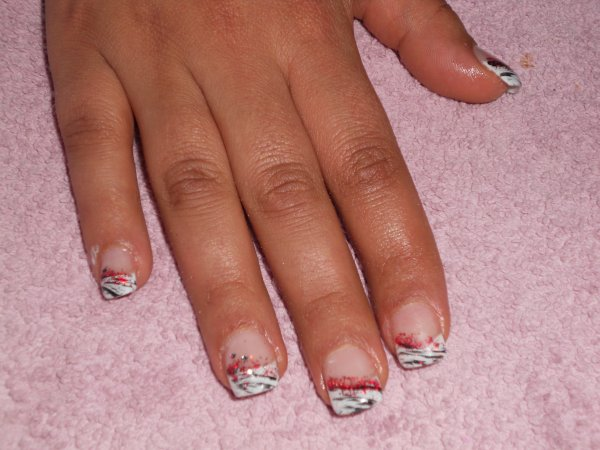 Pose D'ongle en Gel Couleur Pose D'ongles en Gel Farida