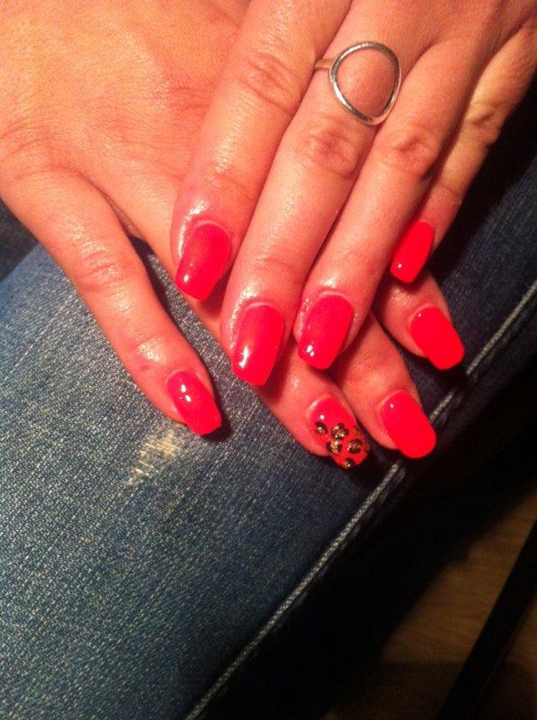 nails color corail flash ongles en gel bruxelles. Black Bedroom Furniture Sets. Home Design Ideas