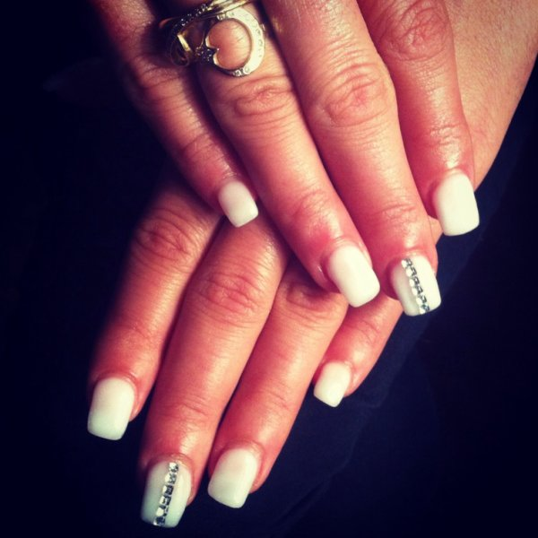 White and pink nails nude strass
