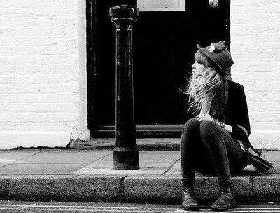 """""""R�ve, si sa peut te consoler, pleure, si sa peut te soulager, mais rel�ve toi, reste fi�re et souris, car la vie n'est pas finie"""""""