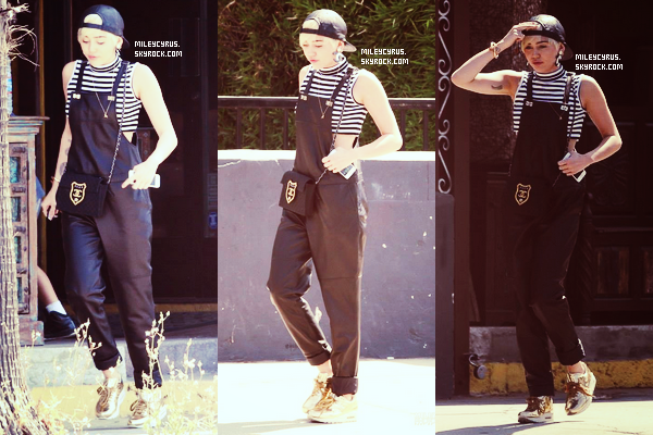 . |25/06/2014 | Candids| Miley a �t� aper�u sortant d'un magasin � Studio City. Personnellement j'adore sa tenue �!�