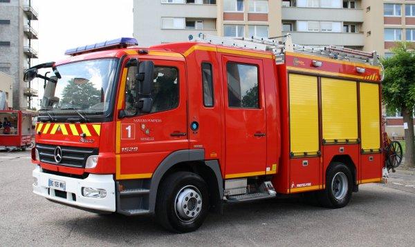 sdis 57 2012 jpo csp metz photos de v hicules de sapeurs pompiers fran ais. Black Bedroom Furniture Sets. Home Design Ideas