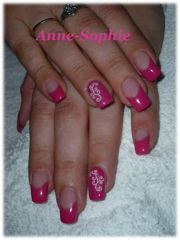 pose rose avec deux ongle plein d co stickers blog de