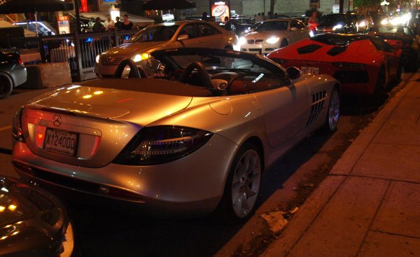 Mercedes benz slr mclaren roadster montr al 39 s cars for Mercedes benz montreal