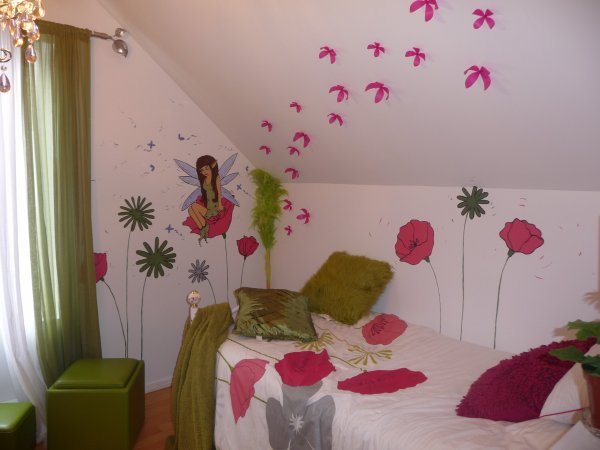 Peinture sur mur chambre d 39 enfant f e et fleur m lart - Peinture chambre d enfant ...