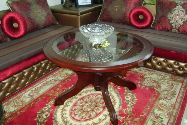 Table salon marocain avec verre r f 100 ameublement for Table a the marocaine