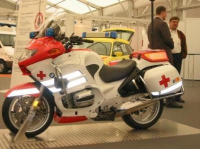 Moto bmw croix rouge les smur et ambulances de belgique et du monde - Garage moto bmw belgique ...