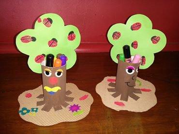 printemps pot a crayon arbre sand assmat. Black Bedroom Furniture Sets. Home Design Ideas