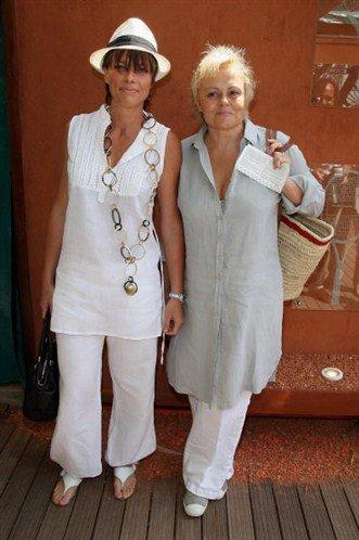 Lesbiennes, bisexuelles : ces stars qui assument : Album