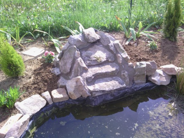 Construction d 39 une cascade bassin de jardin 62 for Bassin cascade exterieur