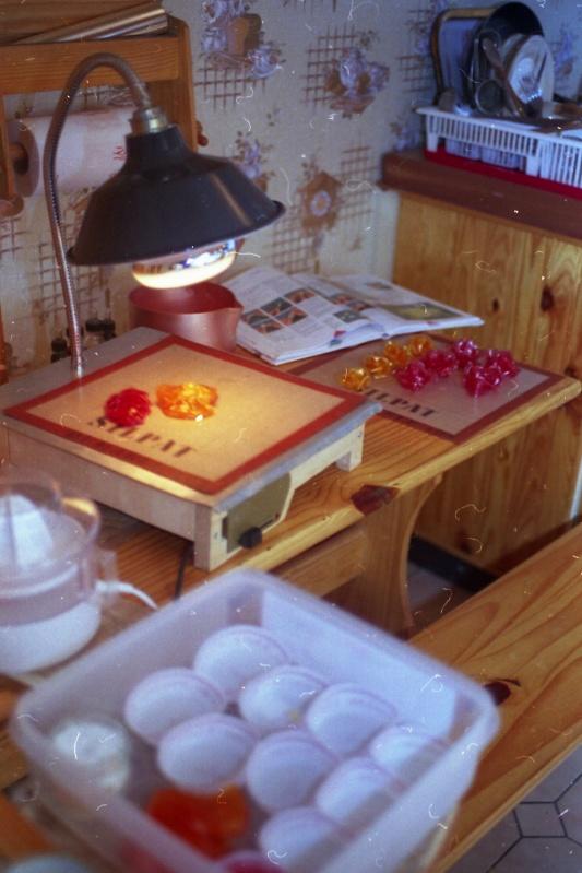 pour sucre tir lampe sucre fabriquer par titi blog de artspatiss. Black Bedroom Furniture Sets. Home Design Ideas
