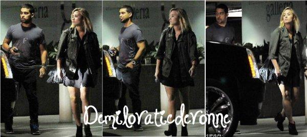 10.09.12 : Hello :) Demi et LA Reid a  une conf�rence de presse pour X FACTOR en Californie