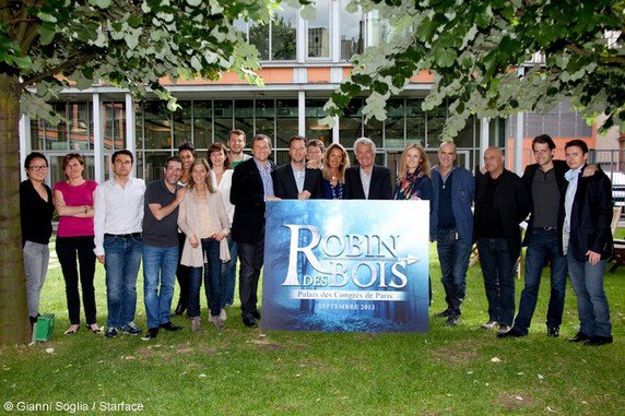 COMEDIE MUSICALE  Robin des Bois (6571) ~ Comedie Robin Des Bois