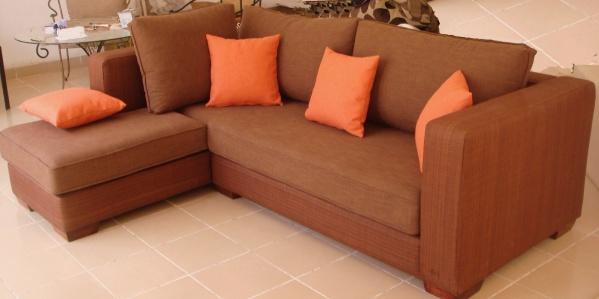 Salon d 39 angle m ridienne gauche couleur terre de sienne avec coussins - Couleur terre de sienne ...