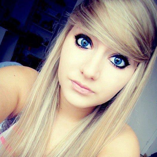 Prologue presentation blog de me and 1d - Fille yeux bleu ...