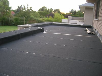 Afwerking rand plat dak