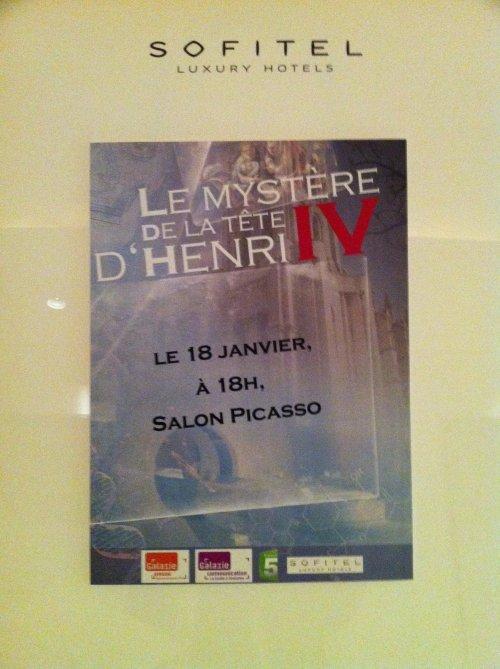 Henri IV a retrouv� la t�te!