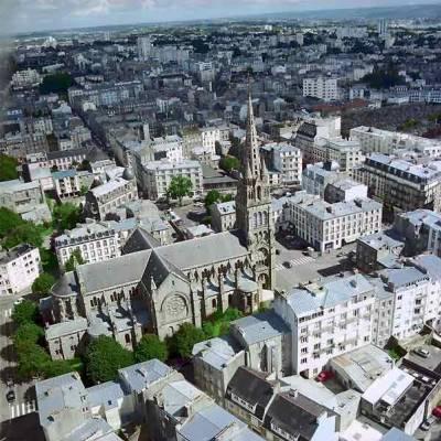 Rennes se pose entre le deuxi me et le premier si cle ava - Surplus militaire brest port de commerce ...