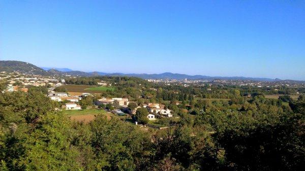 Vue sur les C�vennes depuis la colline de Montmoirac